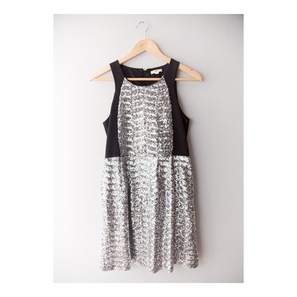 Tulle Dresses & Skirts - Sparkle Silver Soiree Dress